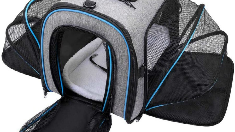 Dog Carrier with Expandable Fleece Pad