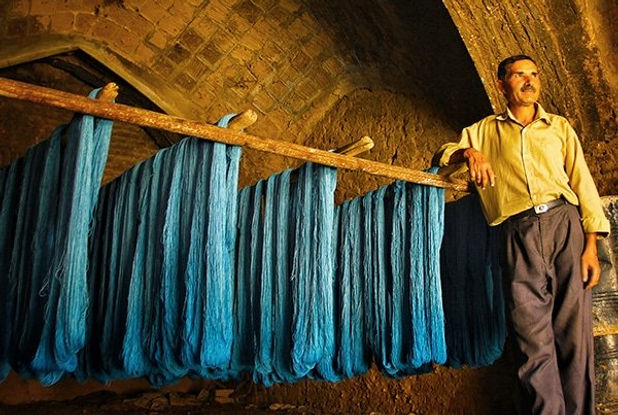persian-family-run-wool-dyeing-business-