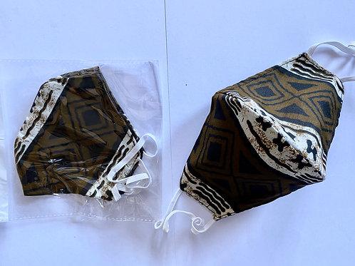 21 - Masque en tissu africain ( Wax )