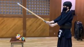 親子で楽しもう!剣道風船割り競争