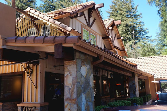Brookdale Lodge.jpg