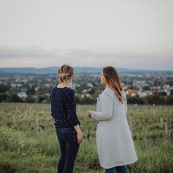 Susanne Braun MSc, klinische Psychlogie, Hypnose, Walk & Talk.  Praxis 1030 Wien. Angst, Schmerz, Depressionen, Bewegung für Körper und Geist, nach der Geburt.