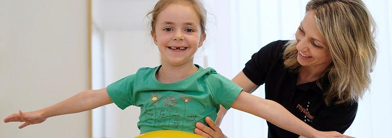 Kinderphysiotherapie_edited.jpg