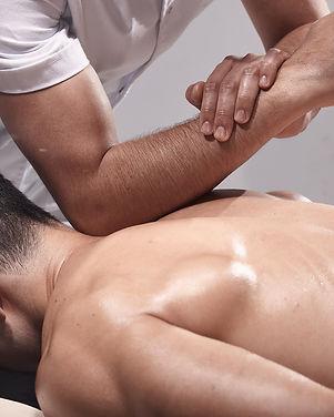 Ganzkörpermassage.jpg