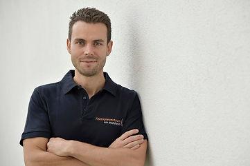Dieter Mauersics Praxisleiter.jpg