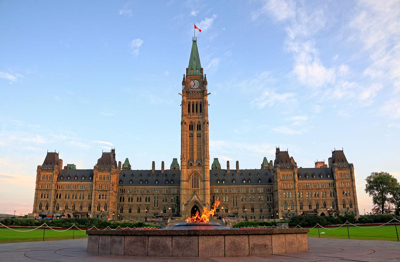 building-Ottawa-Parliament
