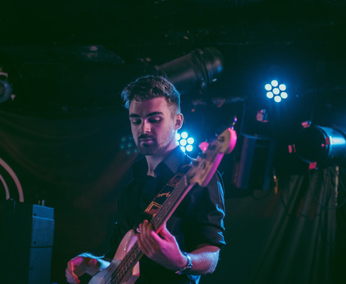 Glasgow band Sara N Junbug King Tuts gig live bass