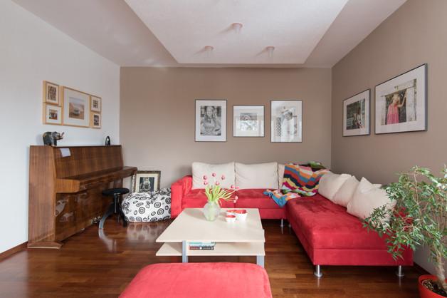 Edit 1 Living Room Overview.jpg