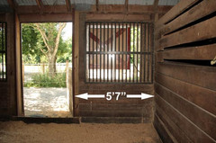 Stall-7-northeast-wall.jpg