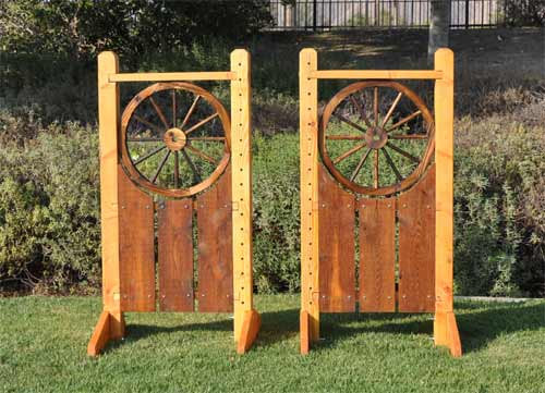 5' Natural lacquer wood wagon wheel wings
