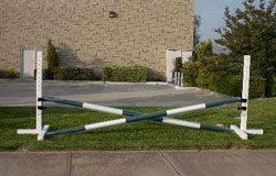 Schooling - Aluminum schools, Striped wood rails (3 jumps)