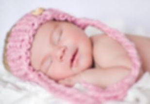 Calgary Newborn Photographr