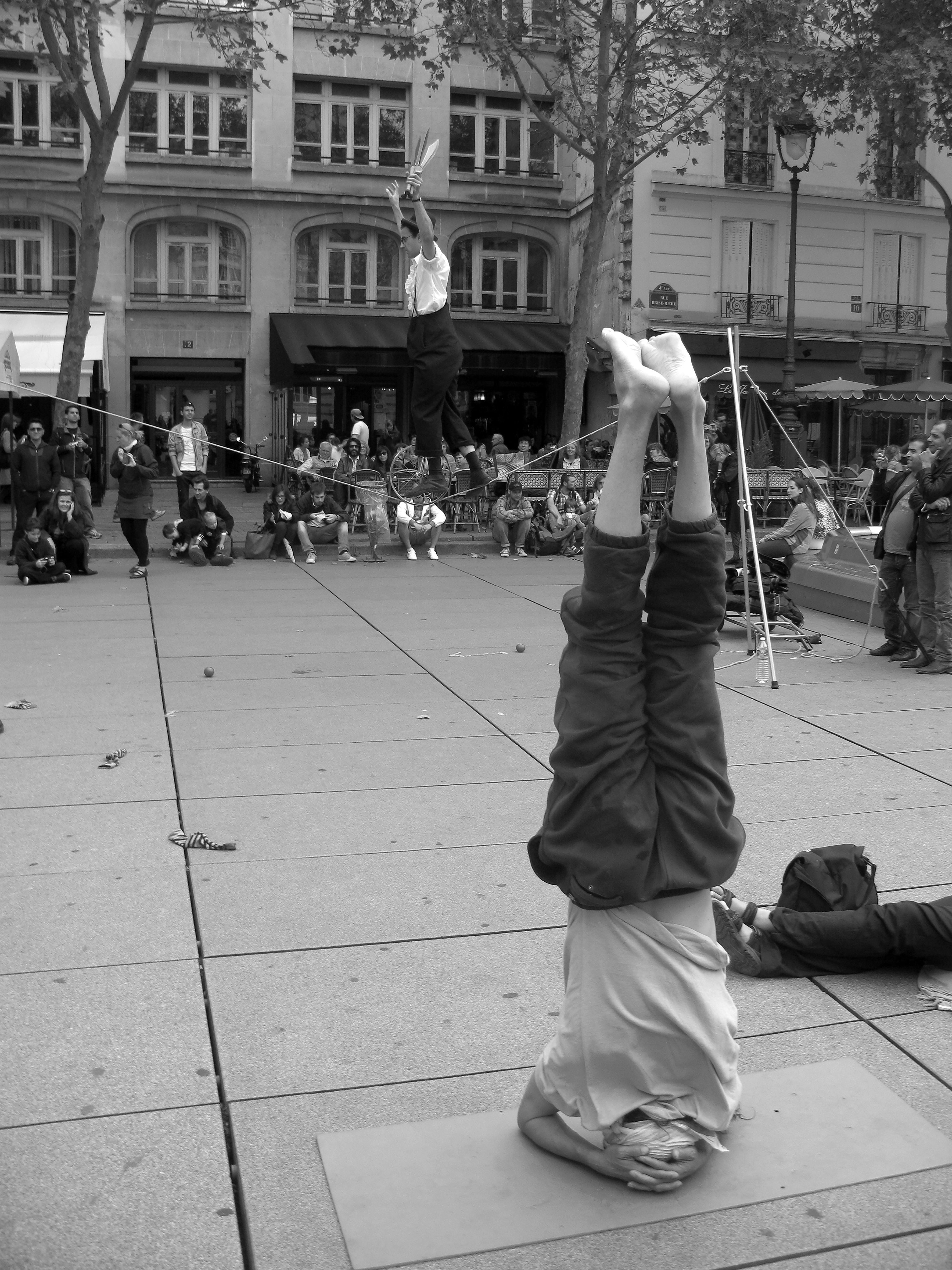 Scène de rue à Paris!