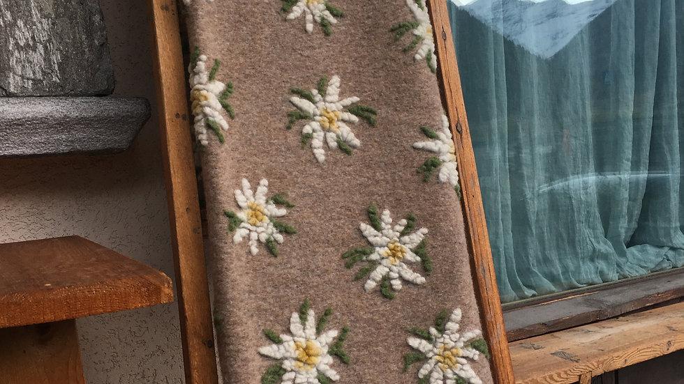 Plaid in lana cotta Edelweiss nocciola