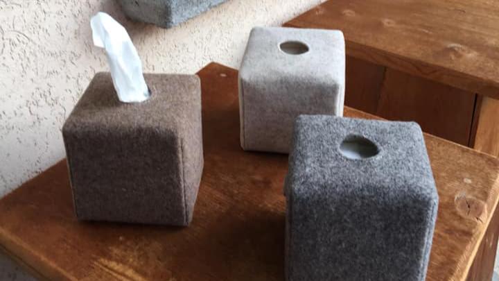 Porta kleenex in feltro quadrato