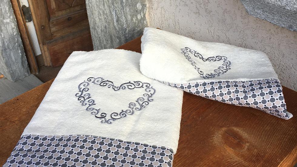 Coppia asciugamani cuori
