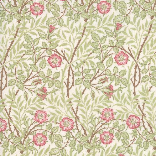 Moda Best of Morris - Spring : William Morris 'Rose' Fabric (0509)