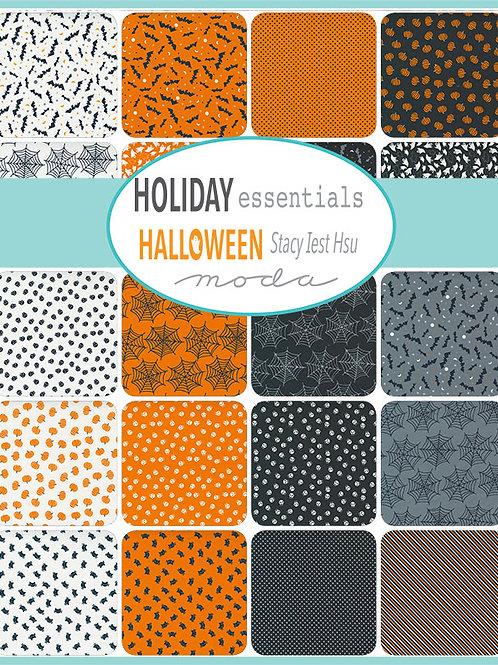 Moda Scrap Bag 'Holiday Essentials Halloween' by Stacy Iest Hsu