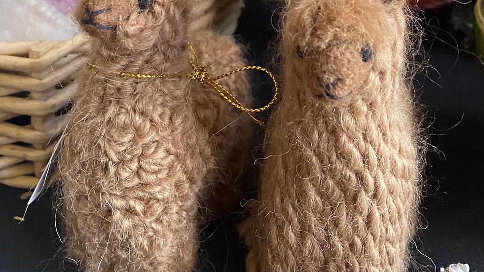 Handmade alpaca knitted figurines Suri or Huacaya