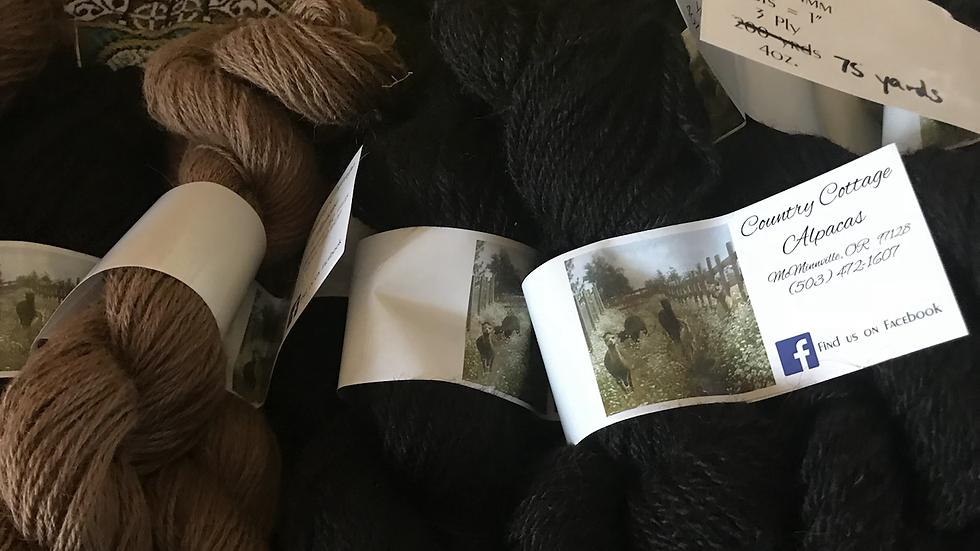 Alpaca black yarn