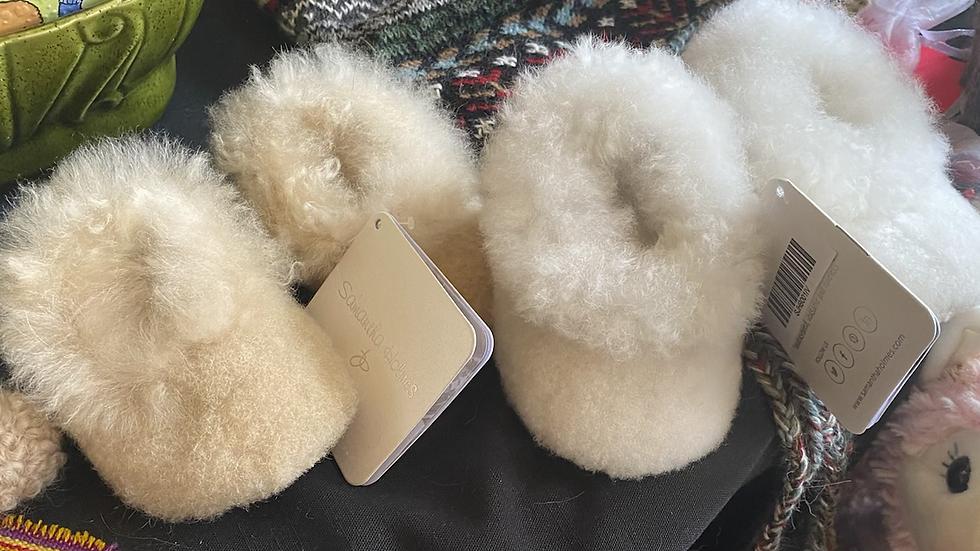 Alpaca baby slippers