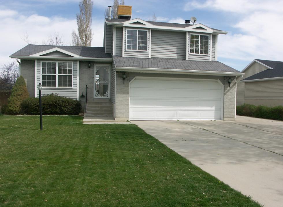 5490 W 4260 House Rental