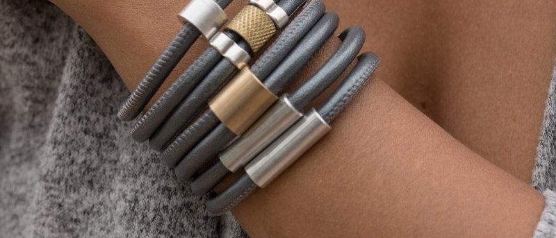 Hardware Bands