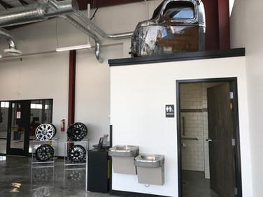 Cox Tire & Auto Service IMG_2541.JPG