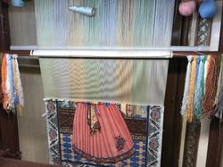 Isfahan rug being made