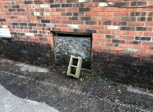 What To Look For When Inspecting The Crawl Space