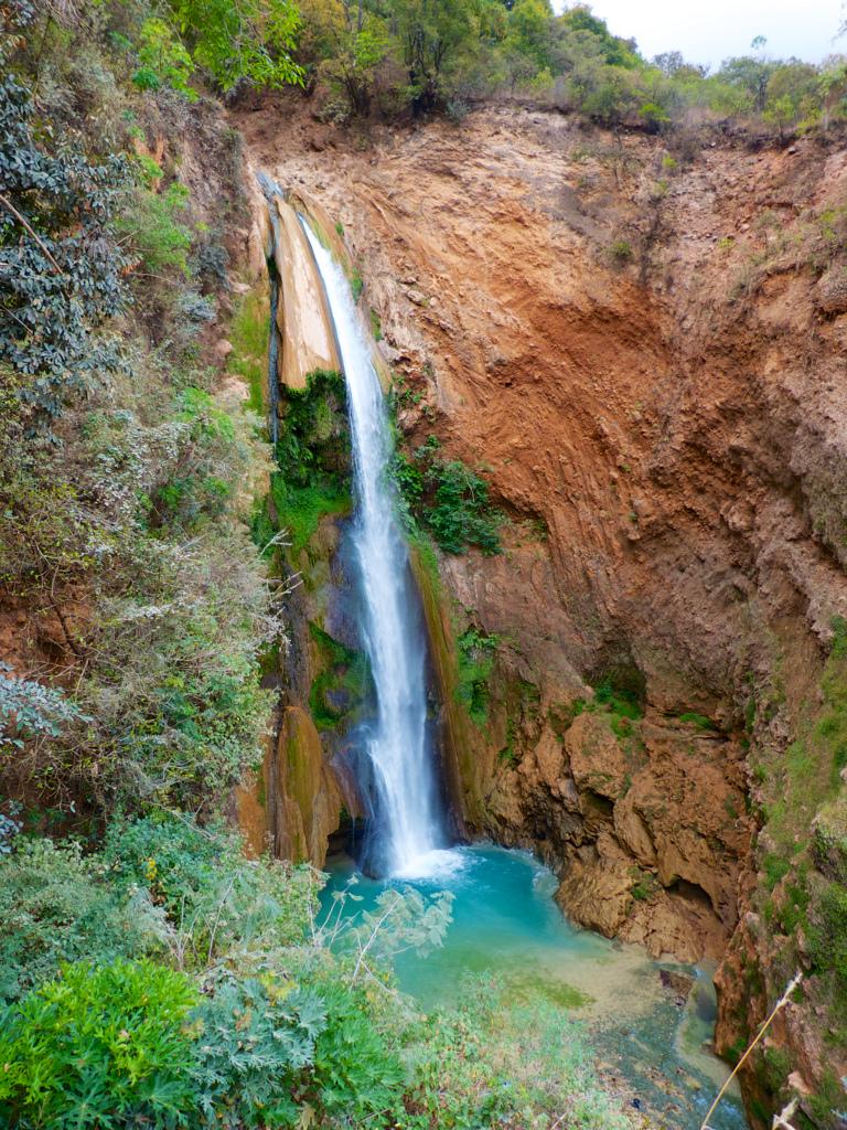 vista de la cascada de santiago apoala