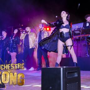 De la musique Live et du Show Boxong