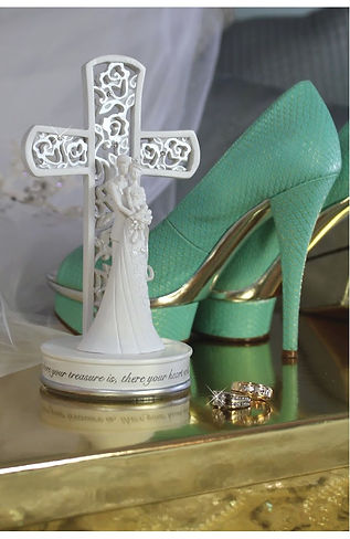 Cross Cake topper by Gina Freehill