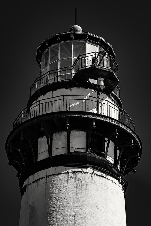 Pigeon Point Lighthouse. Contrast Version