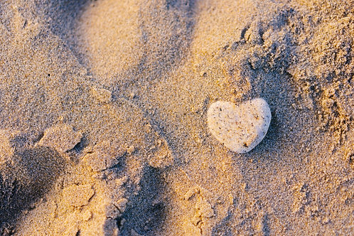 The heart in the Sand