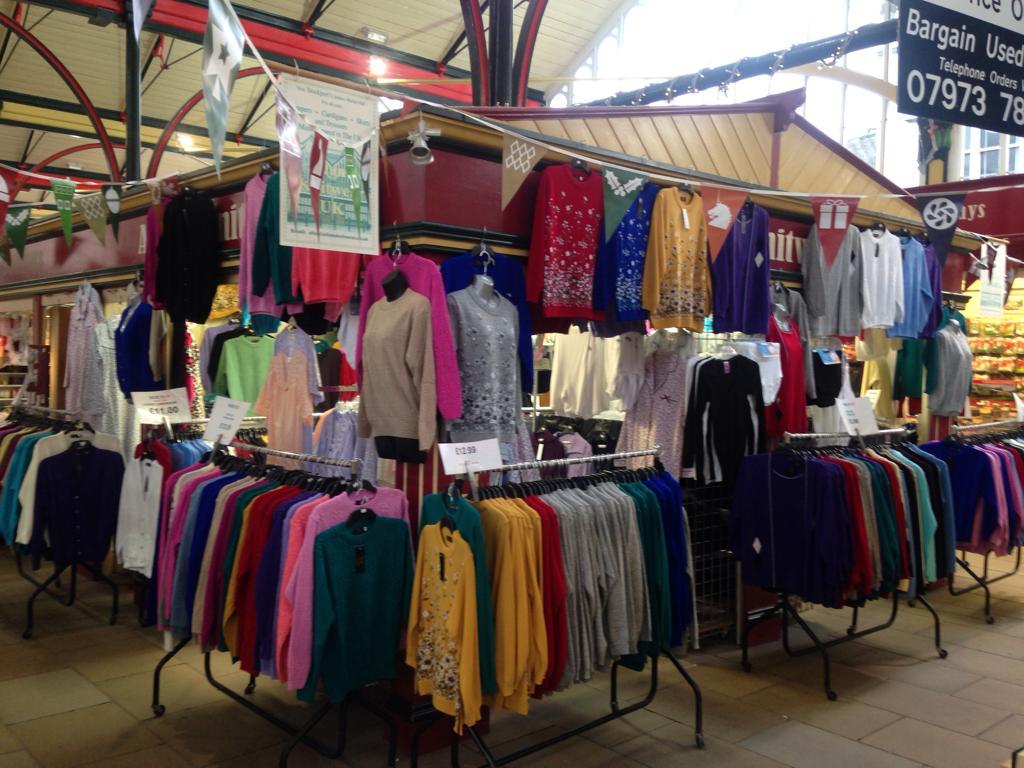 019 Allan's Knitwear