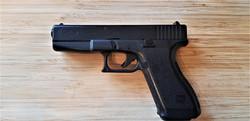 Glock 17 (Prop Pistol)