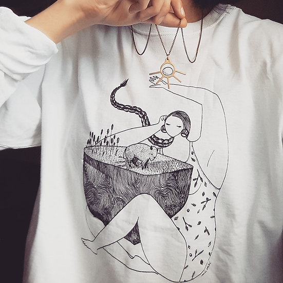 T-Shirts & Long-Sleeves