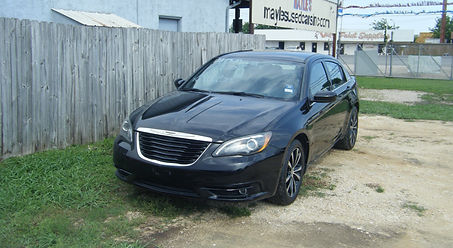 2014 Chry 200 s limited 001.JPG