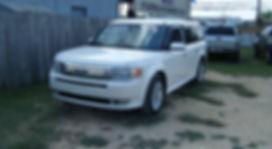 2009 Ford Flex white 001.JPG