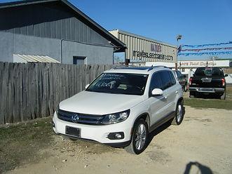 2012 VW Tiguan white 001.JPG