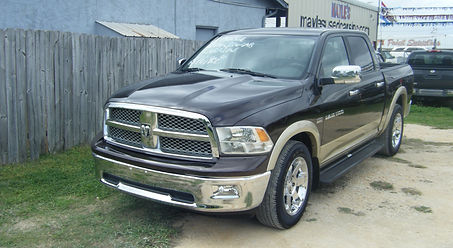 2011 Dodge Crew Laramie brown 001.JPG