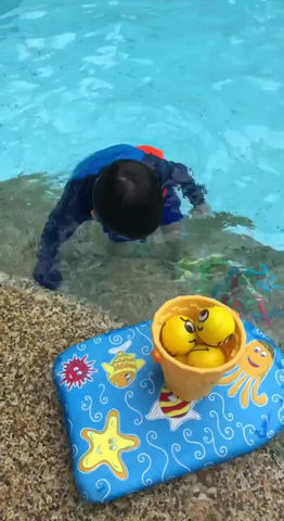 Play-Based Swimming Lessons for Infants, Toddlers, and Younger Students