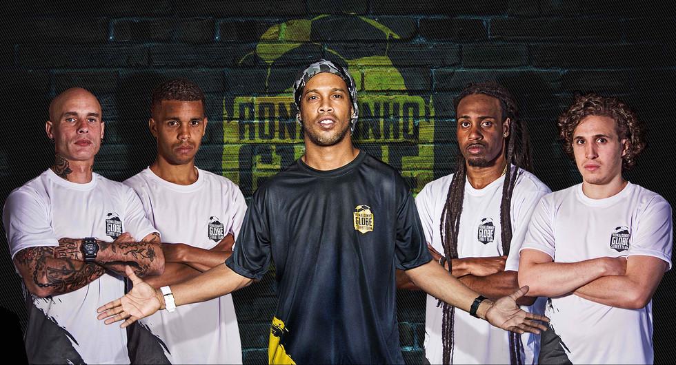 Eventos de marketing esportivo criado por Ronaldinho Gaúcho para difundir e relevar atletas de Street Soccer.  HONG KONG / AMSTERDAM - 2016