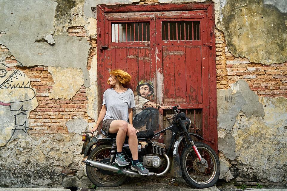 motorcycles-3045706.jpg
