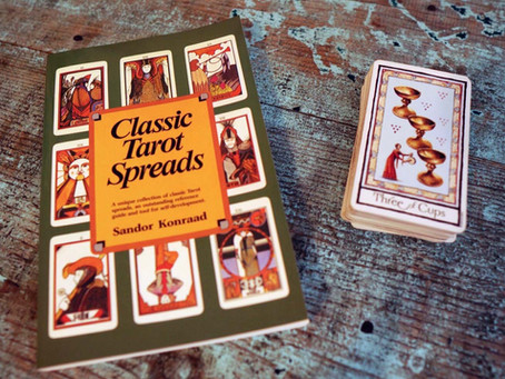 Classic Tarot Spreads - Book Review