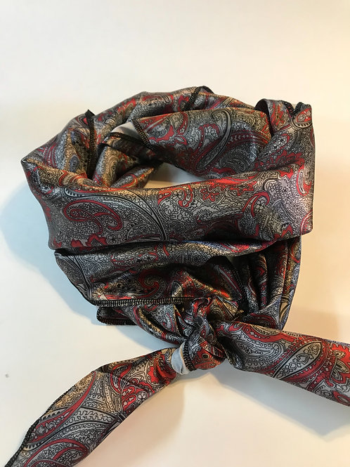 Charcoal to red paisleys