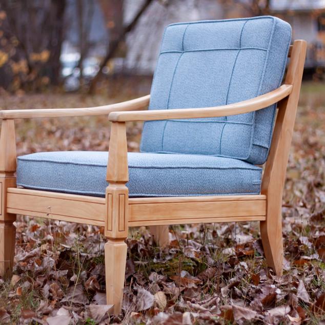 _blue lounger side.jpg