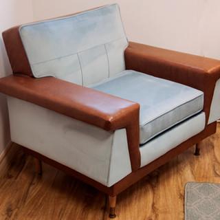 _blue atomic chair_full.jpg
