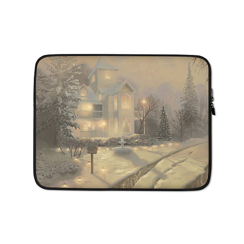 """Laptop sleeve """"Jamestown Victorian"""" by Chateaugrief"""